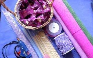 Композиция «Корзина с цветами из конфет» — Своими Руками