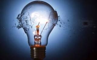 Как выкрутить из патрона цоколь разбитой лампы — Своими Руками